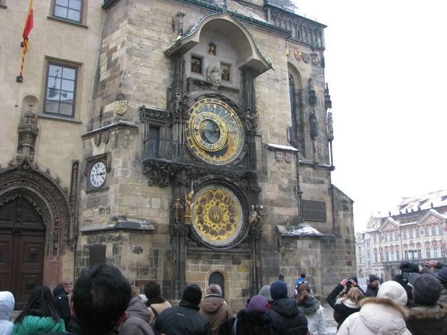 Astronomik Saat-Prag