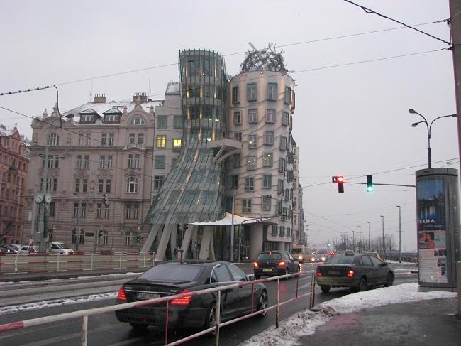 Dans Eden Bina-Prag