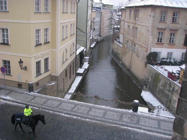 Kafkanın Büyüdüğü Sokak