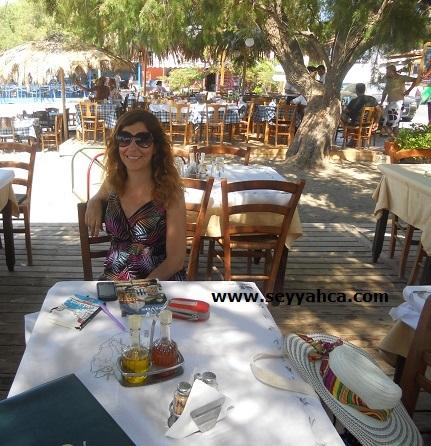 Petra- Hristos Restoran ve Beach Lesbos