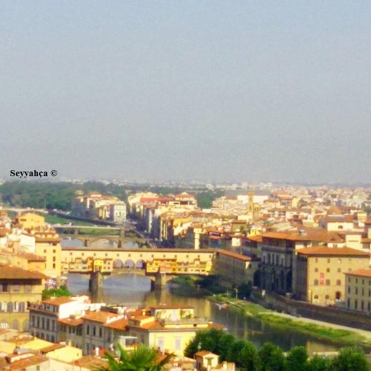Michelangelo Tepesi'nden nefis Floransa manzarası...