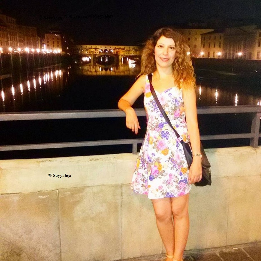 Floransa Ponte Vecchio Köprüsü