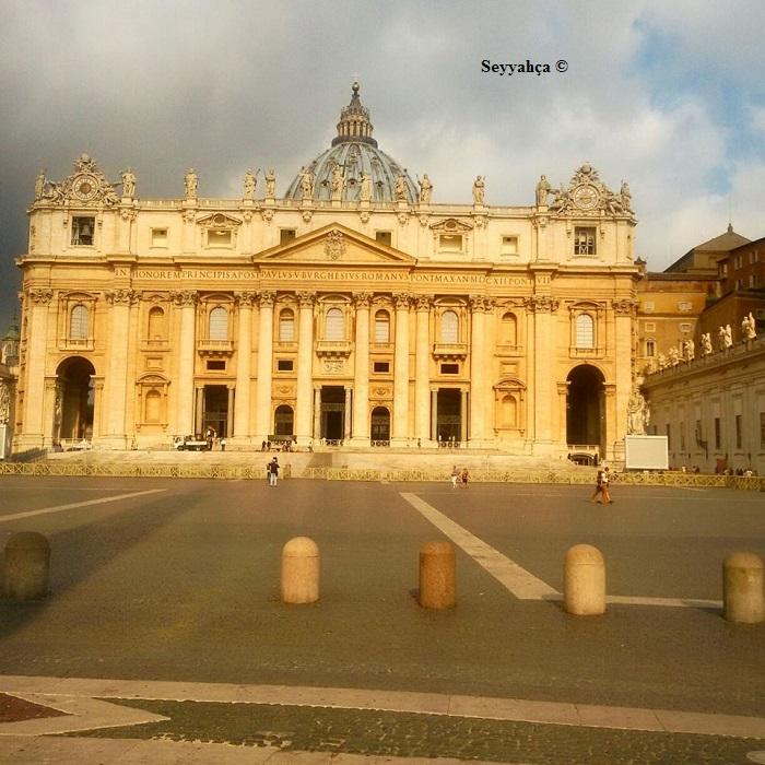 Vatikan- İtalya
