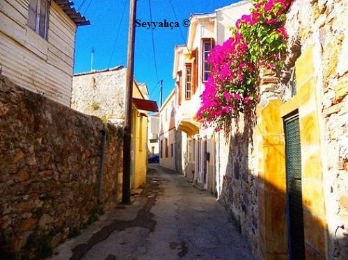 Sakız Adası Sokakları