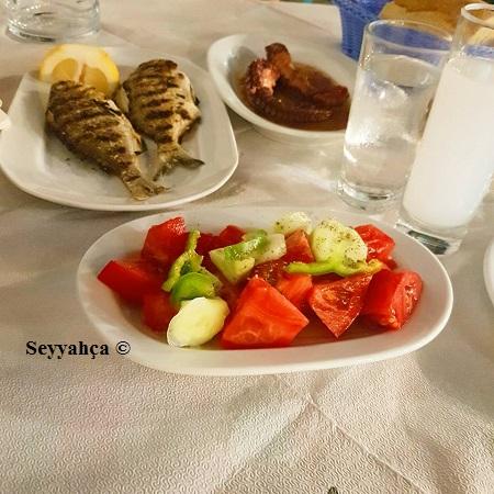 yannis-ouzeri-yemek