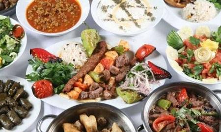 Türklerin yurt dışındayken en çok özlediği şeylerden birisi leziz Türk yemekleri